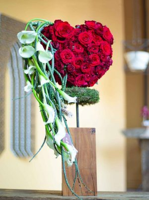 Flowers for your wedding or celebration from online flower shop WUD Flowers, Dubai