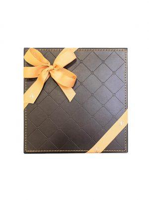 Send chocolate gifts with WUD Flowers, Dubai.